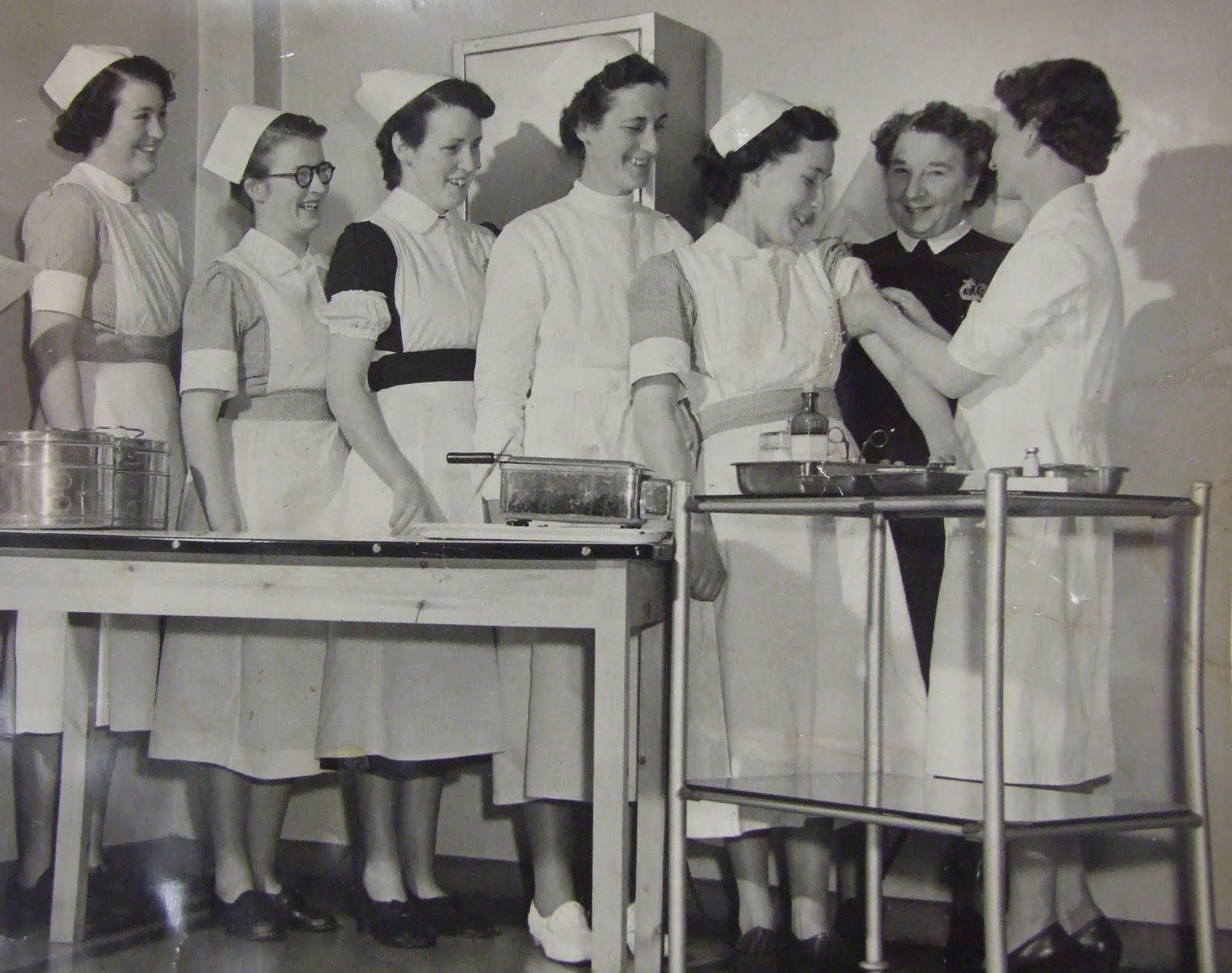 Nurses receiving their BCG Vaccination, SU-8-1-4