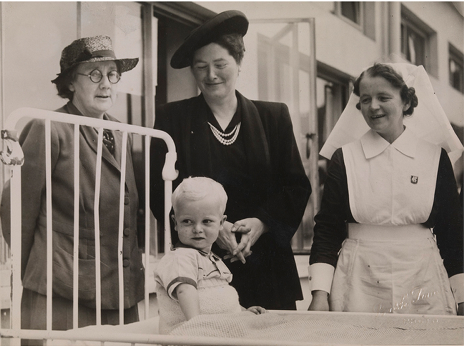 Photograph of Dorothy Price with a nurse and a patient, possibly at St Ultan's Hospital. 29 May 1947. TCD MS 7537-208.